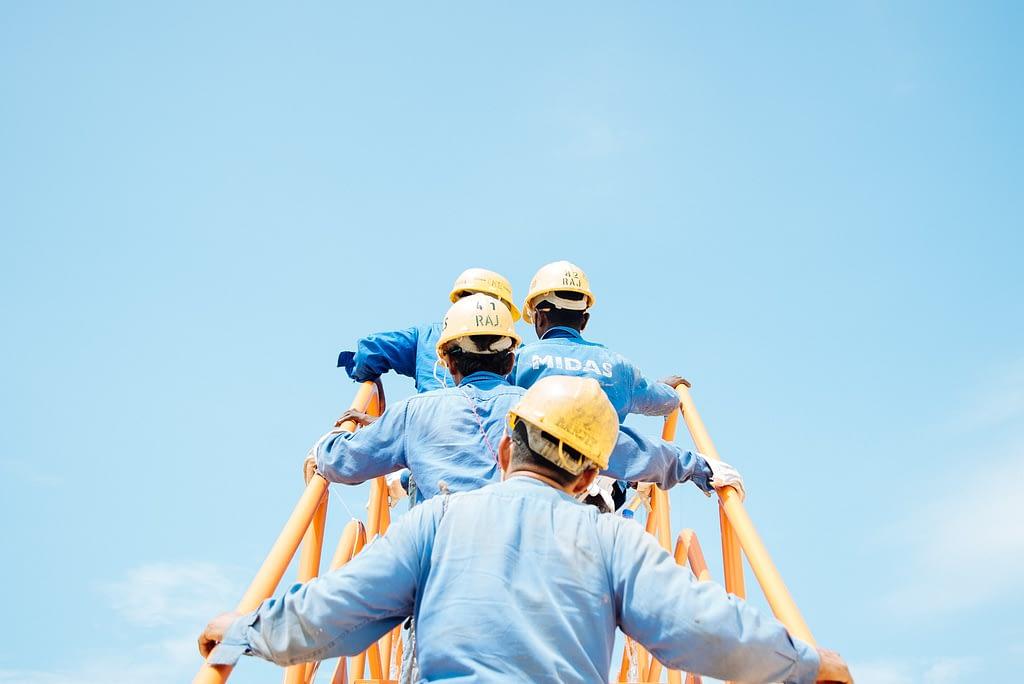 contractor loyalty programs