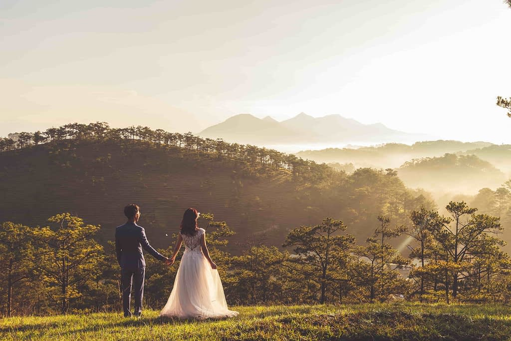 B2B marketers wedding
